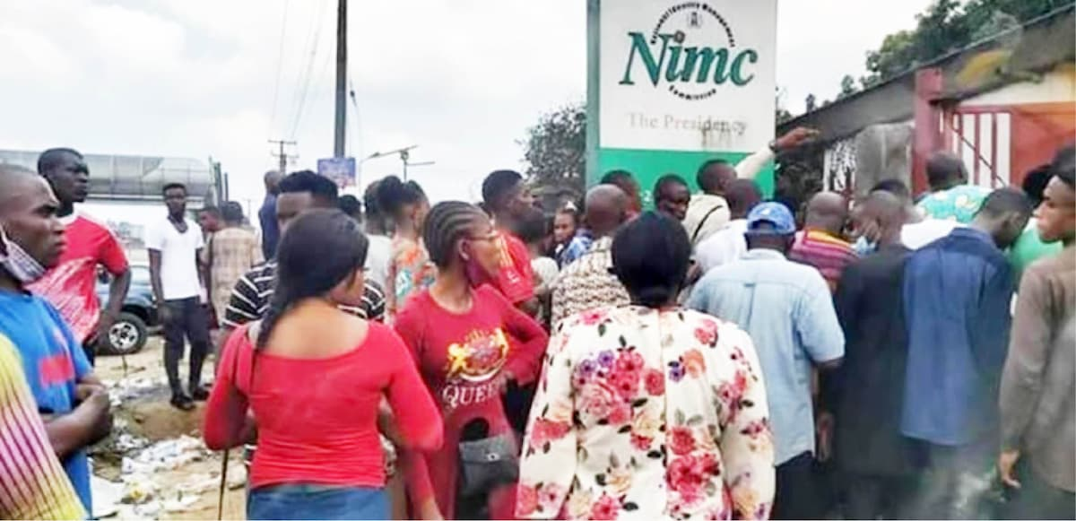 People stranded at the Rivers State NIMC office