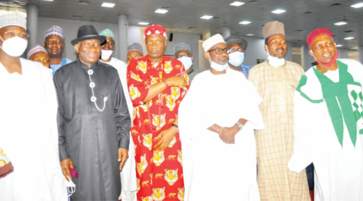 From left: former INEC Chairman, Attahiru Jega; former President Goodluck Jonathan; former President-General of Ohanaeze Ndigbo, John Nwodo; Chairman Media Trust Ltd, Mallam Kabiru Yusuf; former Minister of Information, Labaran Maku and former Minister of State for Health, Gabriel Aduku at the 18th Daily Trust Dialogue in Abuja yesterday Photo: Felix Onigbinde